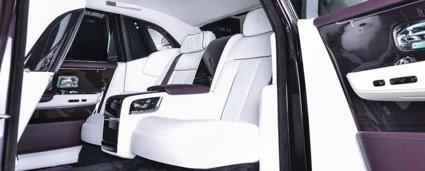 L-a vrut exact ca si in brosura oficiala. Cum arata in realitate unicul Rolls-Royce mov cu interior din piele alba