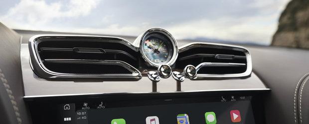 La bordul lui calatoresti in lux deplin. VIDEO in detaliu cu noul Bentley Bentayga facelift