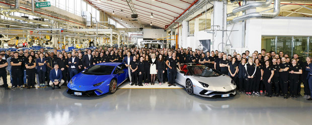 Lamborghini merge ceas. Italienii sarbatoresc doua recorduri de productie in aceeasi zi