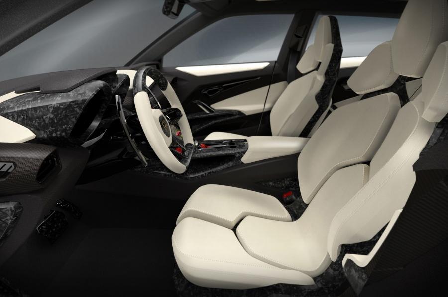 Lamborghini Urus - Primele Poze - Lamborghini Urus - Primele Poze