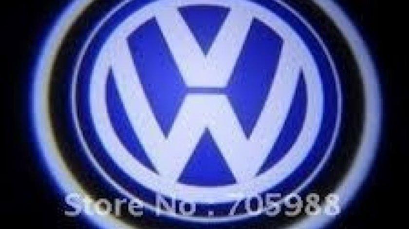 Lampa Pentru Portiera Cu Holograma Logo Pentru Diferite Marci De Auto