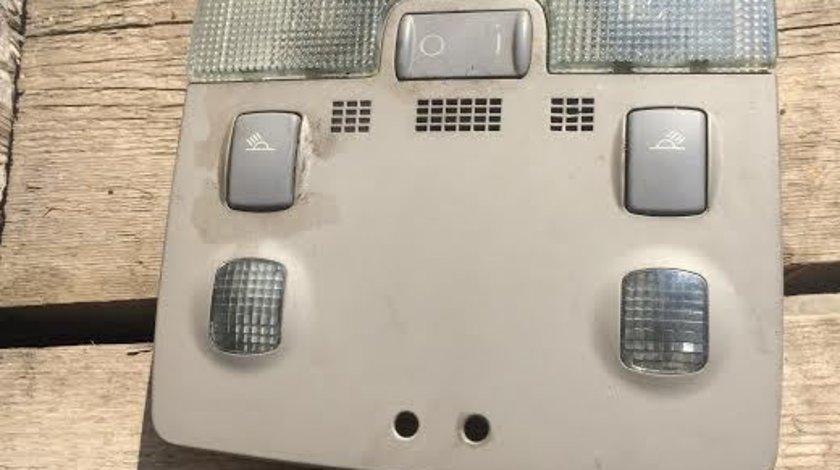 Lampa plafon Audi A4 8E0951177