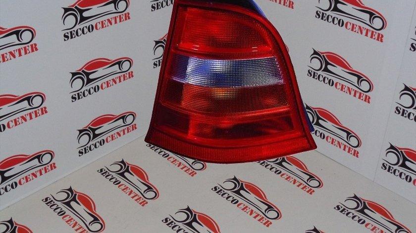 Lampa spate stop Mercedes A Class W168 1997 1998 1999 2000 2001 fumuriu galben dreapta