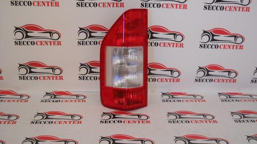 Lampa spate stop Mercedes Sprinter 2000 2001 2002 2003 2004 2005 2006 stanga