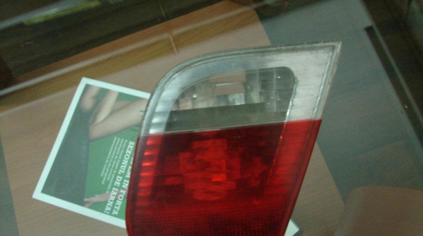 Lampa stop dreapta pe capota de portbagaj BMW 3 Series E46 [facelift] [2001 - 2006] Sedan 320d 6MT (150 hp) 320d 2.0
