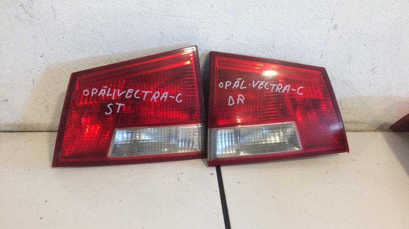 Lampa stop haion stanga - dreapta opel vectra c combi 1995 - 2002 cod: 24469464