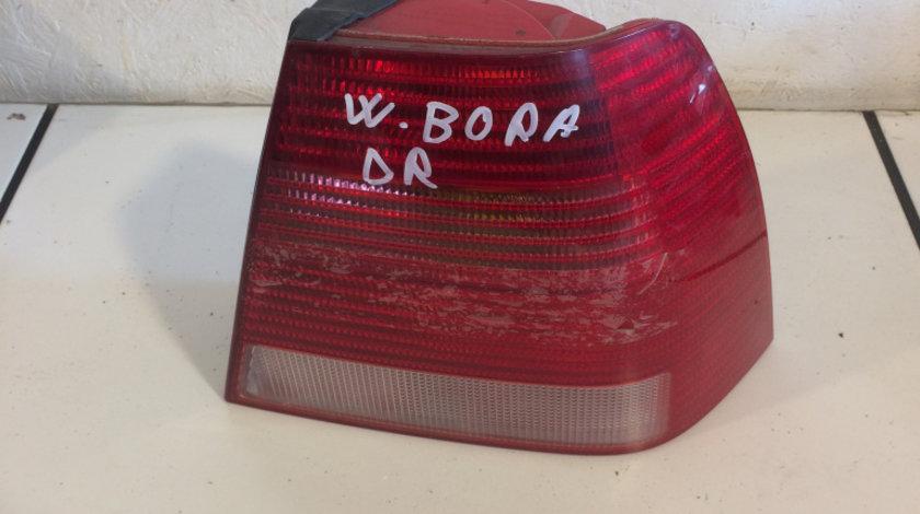 Lampa stop spate dreapta vw bora 1996 - 2006 cod: 1j5945096