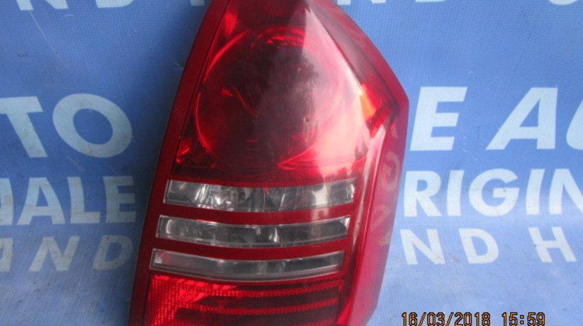 Lampi spate Chrysler 300C ;  04805852
