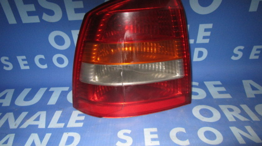 Lampi spate Opel Astra G ; 90521542 (fisurata) 5-hatchback