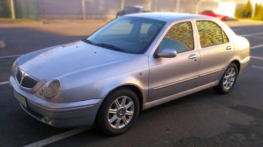 Lancia Lybra 1.6 16v 2000
