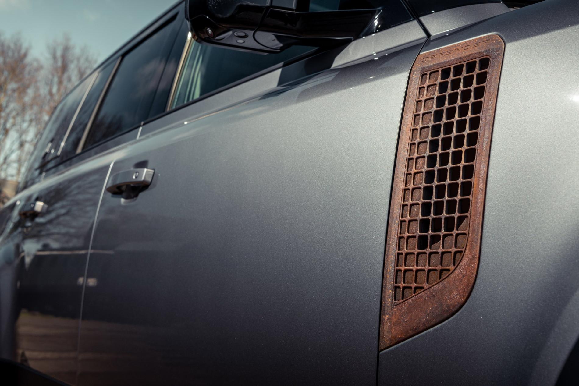 Land Rover Defender de la Heritage Customs - Land Rover Defender de la Heritage Customs