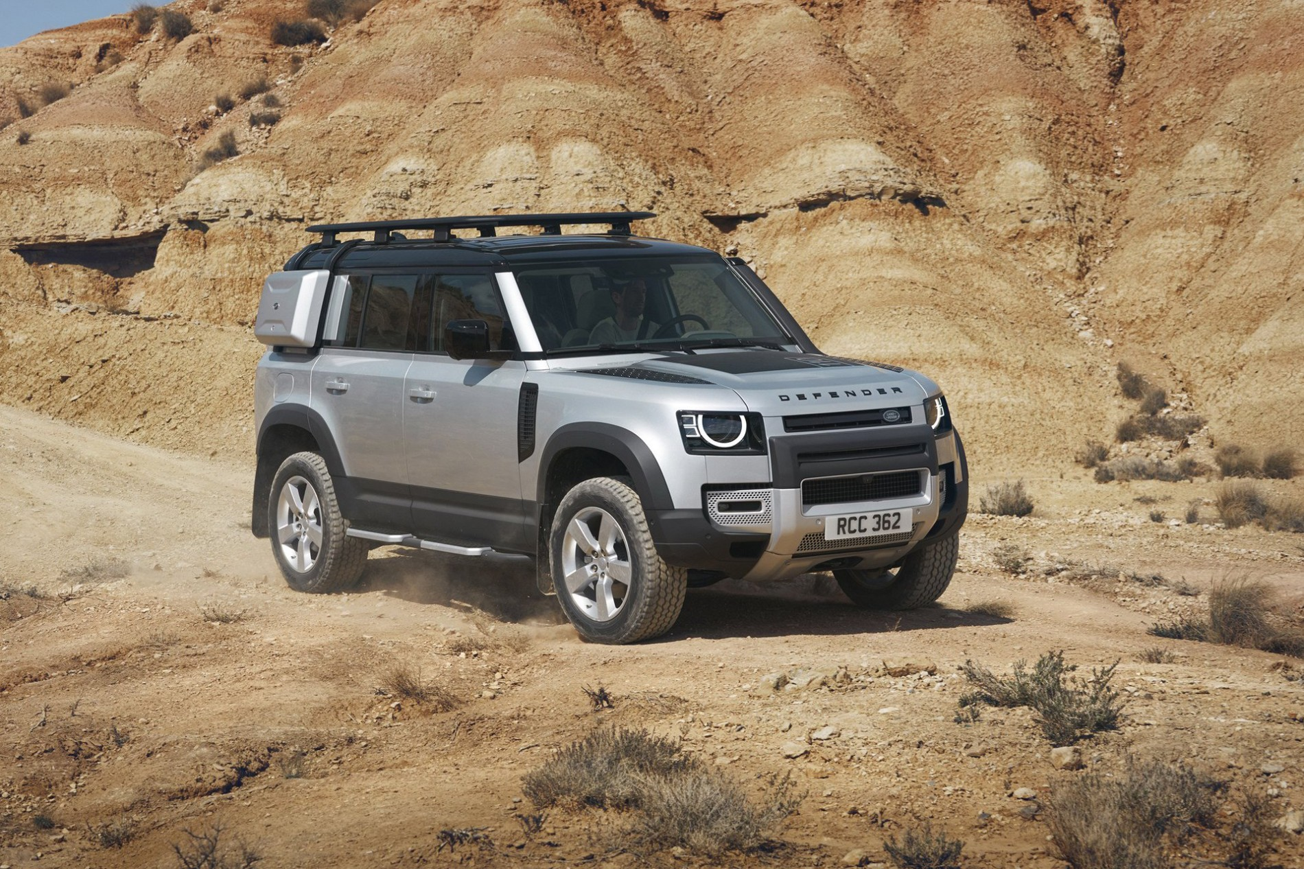 Land Rover Defender - Land Rover Defender