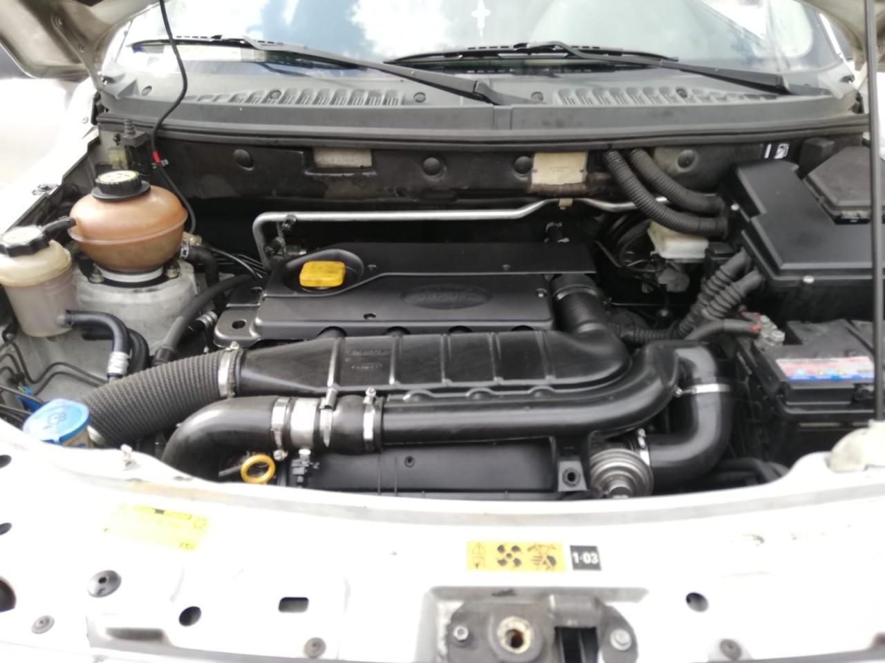 Land-Rover Freelander 2.0d 2004