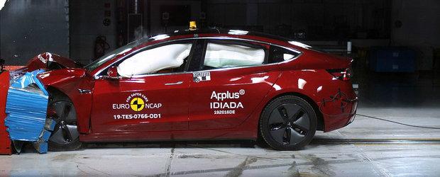 Le-a dat peste nas carcotasilor. TESLA MODEL 3 impresioneaza la testele de siguranta Euro NCAP