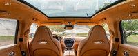 Le-a luat-o inainte fotografilor spion. Aston Martin publica prima imagine oficiala cu interiorul noului DBX