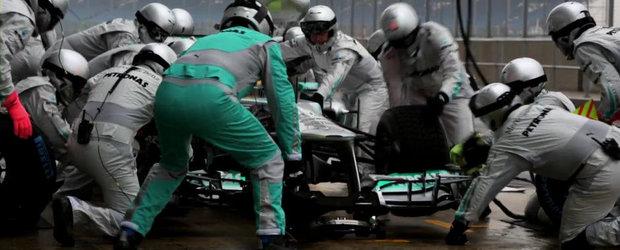 Lectie de schimbat pneurile cu specialistii Mercedes AMG F1
