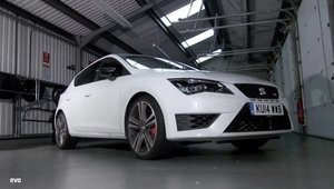 Leon Cupra vs Megane RS: Care-i mai rapid pe circuit?