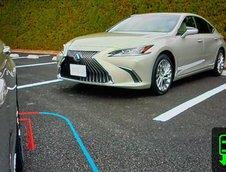 Lexus ES cu Digital Outer Mirrors
