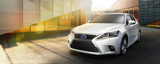 Lexus ii aplica un facelift hibridului CT 200h
