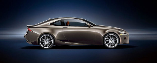 Lexus IS Coupe vine in 2014