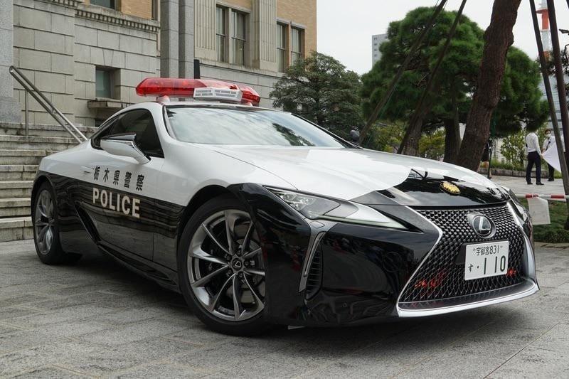 Lexus LC500 de politie