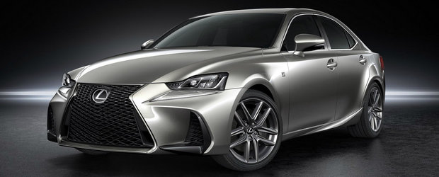 Lexus mizeaza totul pe agresivitate. Cum arata noul IS Facelift