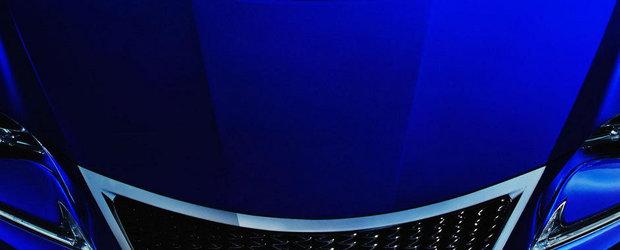 Lexus RC-F Coupe: O noua imagine cu rivalul lui BMW M4 Coupe