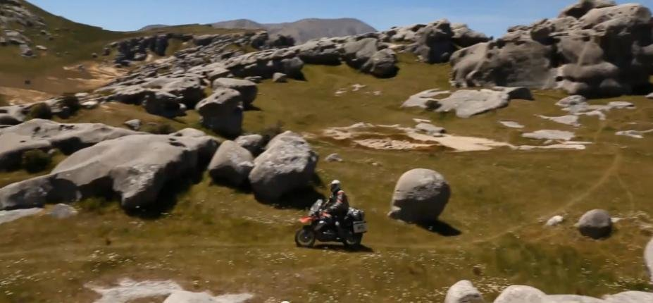 Libertatea este totala atunci cand mergi cu o motocicleta tot-teren
