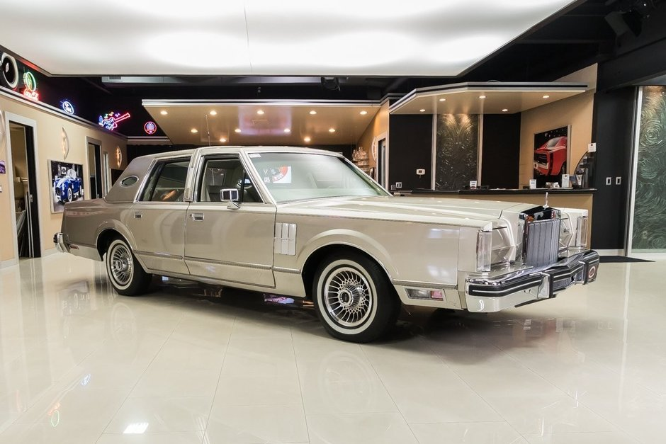 Lincoln Continental de vanzare