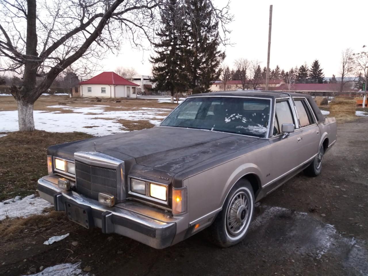 Lincoln town car 100 2000