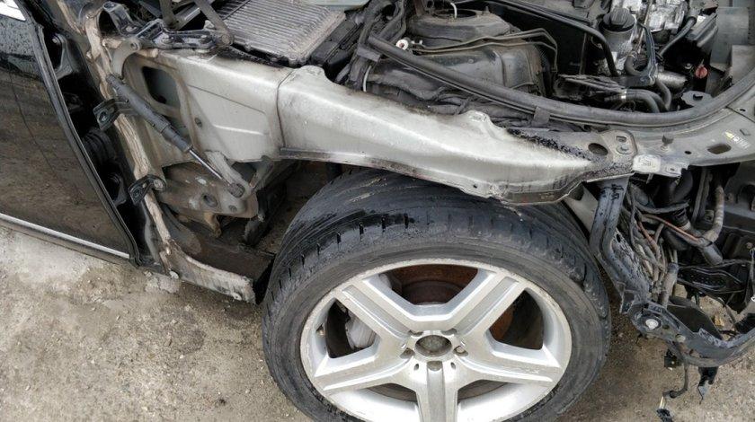 Lonjeron // contra aripa dreapta fata Mercedes S Class W221 2005 // 2013