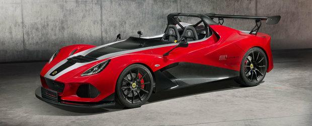 """Lotus face curatenie generala in gama. Nu inainte de a lansa o """"racheta"""" de 920 de kg cu 430 de cai"""