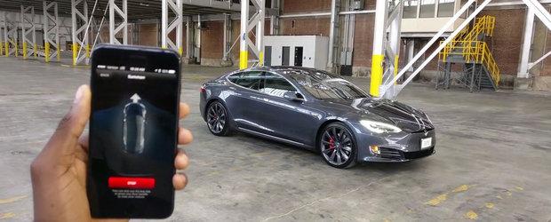 Lucrurile fantastice pe care le poti face cu o Tesla... din telefonul mobil