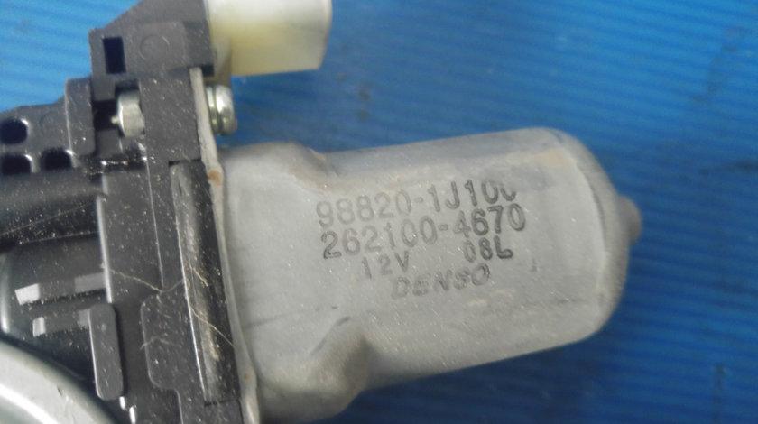Macara cu motoras usa dreapta fata hyundai i20 98820-1j100