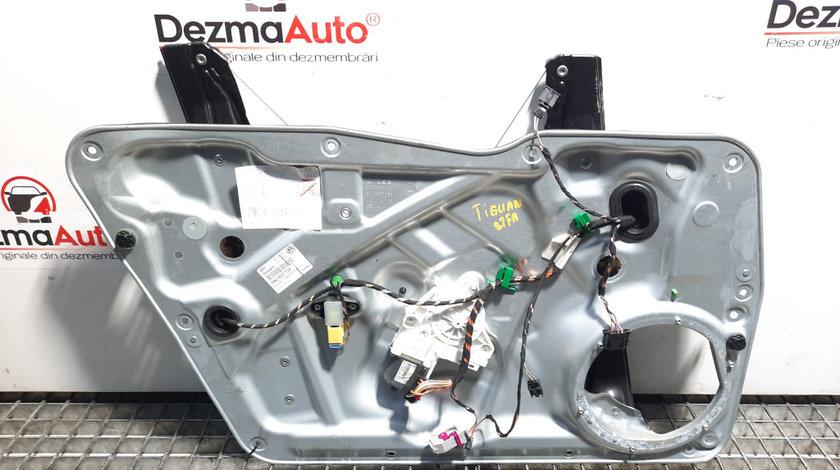 Macara cu motoras usa stanga fata, Volkswagen Tiguan (5N) [Fabr 2007-2016] 5N2837729F (id:448265)