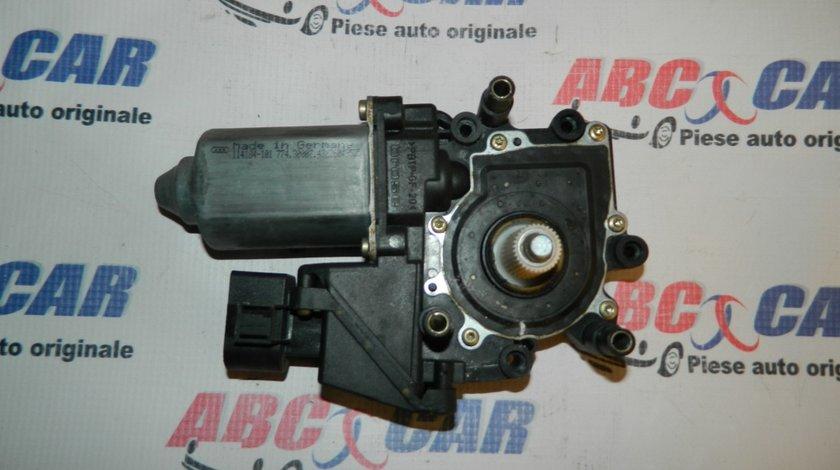 Macara electrica usa dreapta fata Audi A4 B5 cod: 8D0950802D
