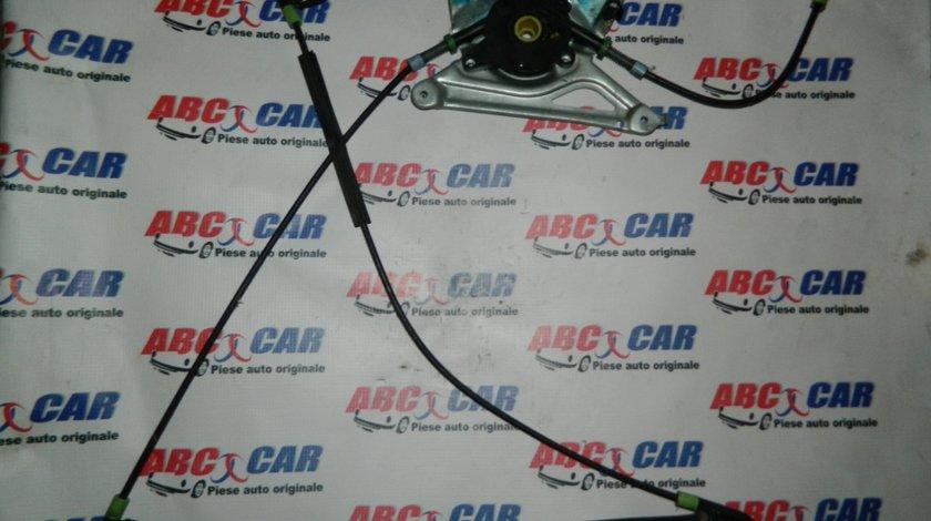 Macara electrica usa stanga fata Audi A4 B5 cod: 8D0837397A model 2000