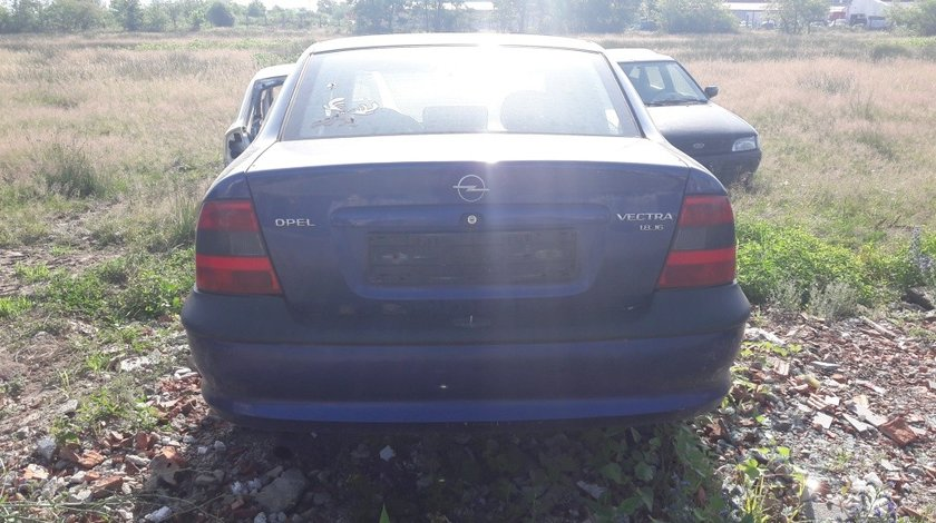 Macara geam dreapta spate Opel Vectra B 2000 SEDAN 1.8 16V