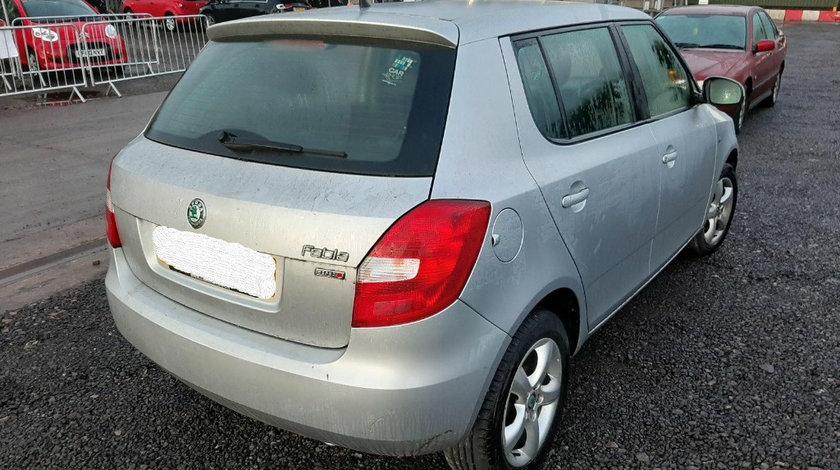 Macara geam dreapta spate Skoda Fabia 2 2013 Hatchback 1.2 i