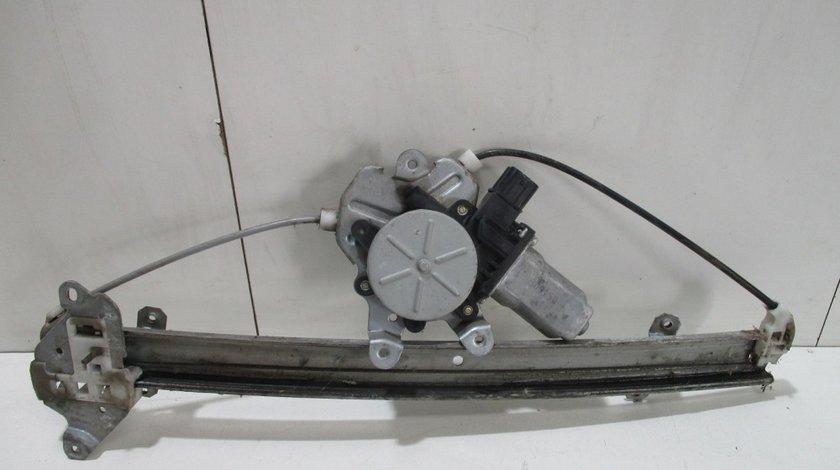 Macara geam + Motoras dreapta Mitsubishi Lancer an 2002-2007