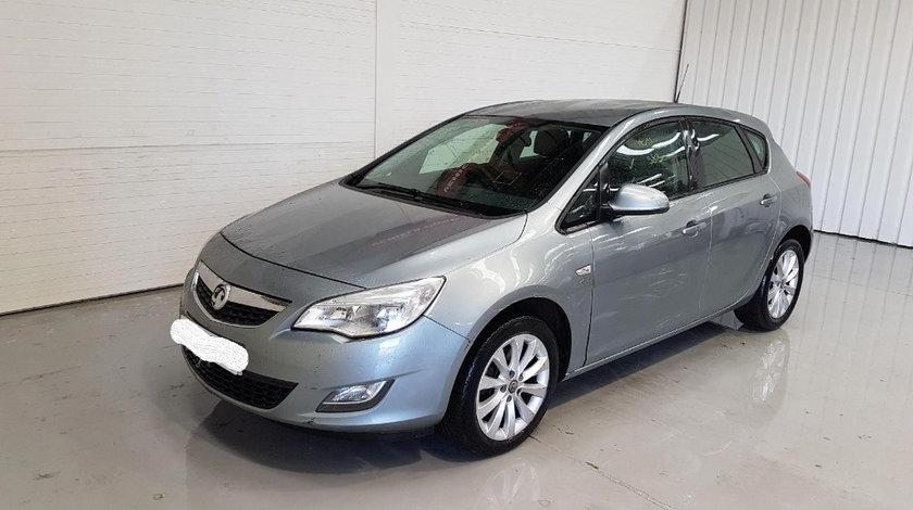 Macara geam stanga fata Opel Astra J 2012 Hatchback 1.7 CDTI