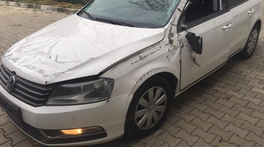 Macara geam stanga fata Volkswagen Passat B7 2012 Break 2.0TDI