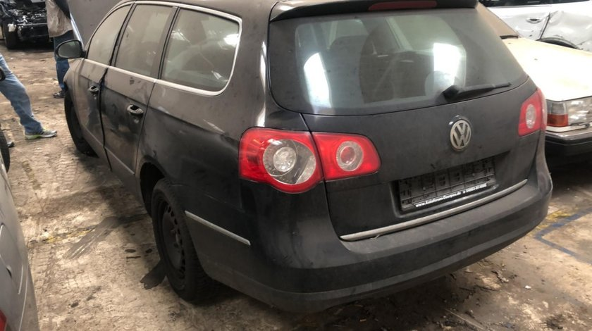 Macara geam stanga fata VW Passat B6 2007 Break 2.0 tdi