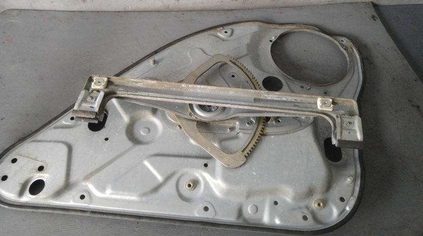 Macara manuala stanga spate ford c-max 3m51r24995ch