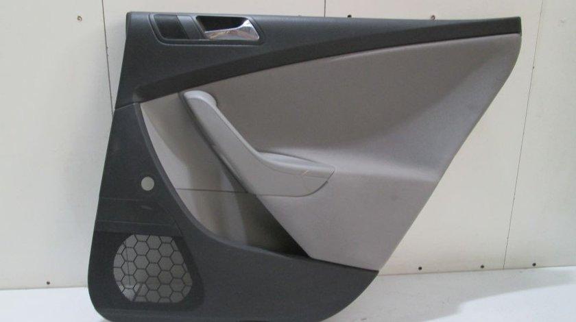 Macara manuala usa dreapta spate Vw passat B6 Combi an 2005-2006-2007-2008-2009-2010 cod 3C4839756J