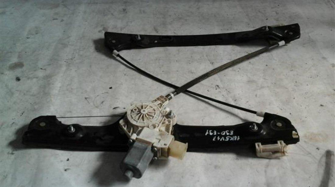 Macara + motoras usa stanga fata Bmw Seria 3 E90 E91 An 2005 2006 2007 2008 2009 2010 2011 cod 0130822226