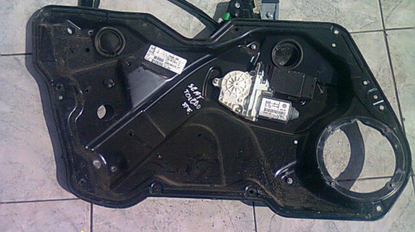 Macarale electrice Seat Toledo