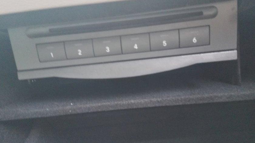 Magazie CD Mercedes ML320 CDI W164
