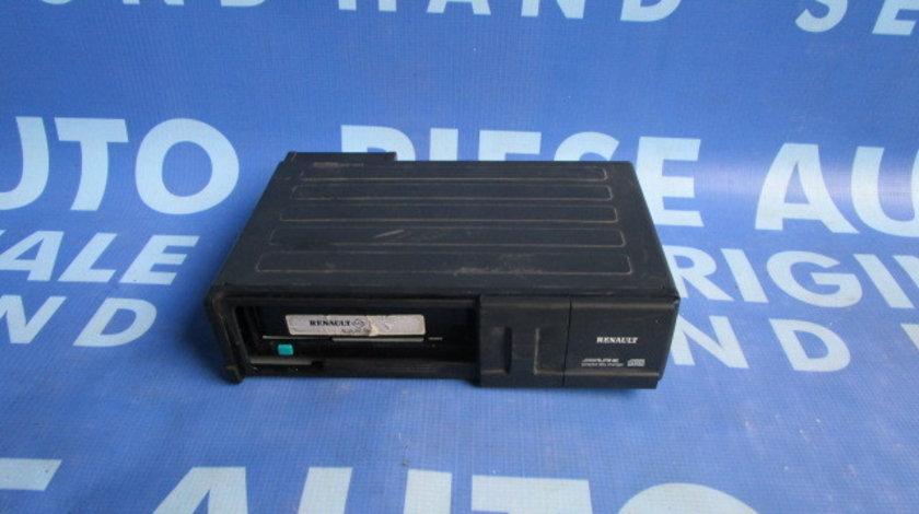Magazie CD Renault Espace ; 8200207100