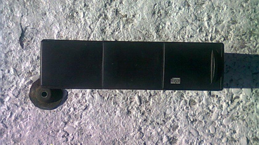 Magazie CD Saab 9 5